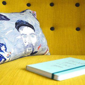 Pillow D / C